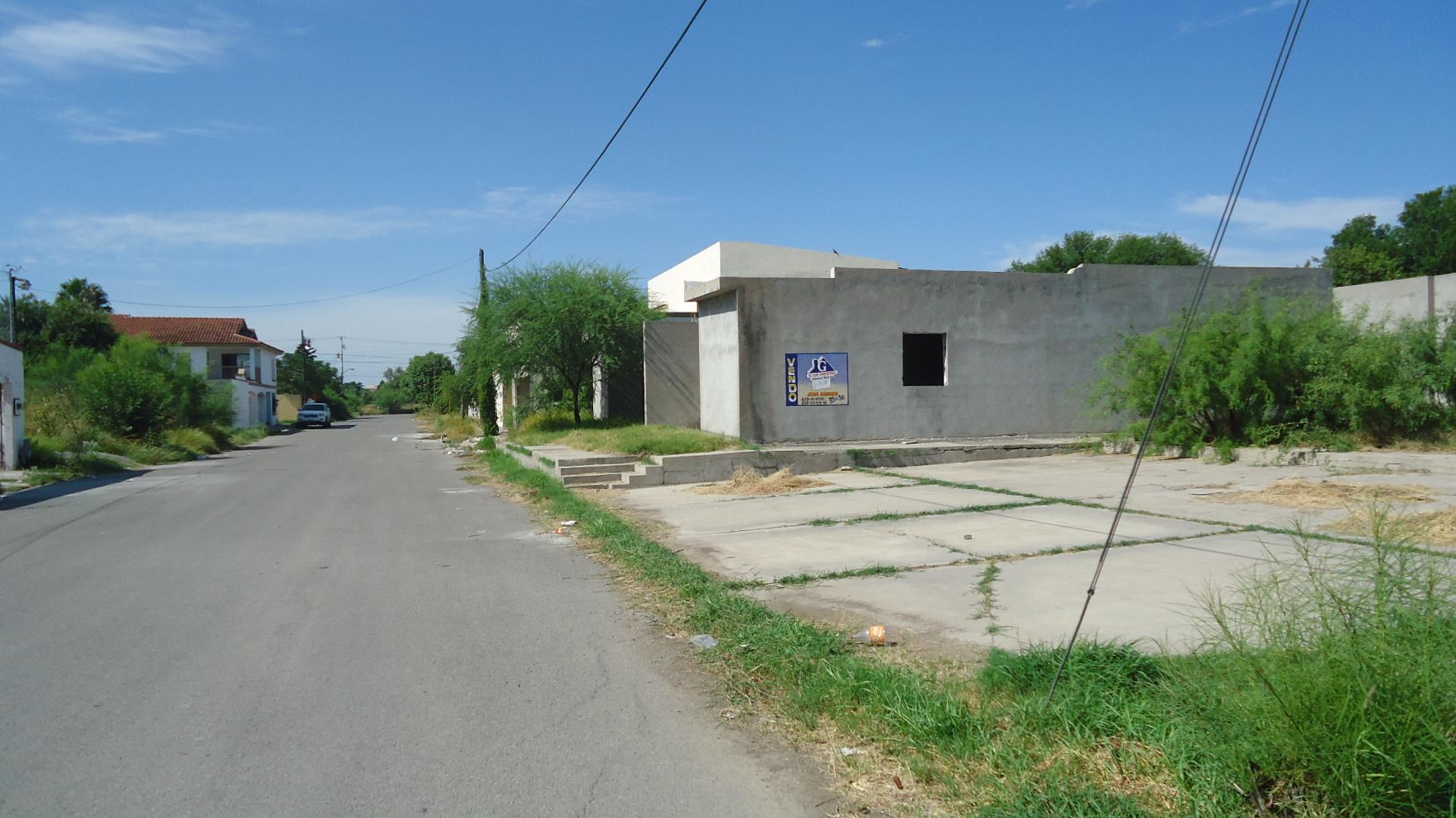 VENTA DE TERRENO CON CONSTRUCCIÓN EN OBRA NEGRA EN C. PALAÚ ESQ. CON CALZADA DE LA RONDA, PIEDRAS NEGRAS COAHUILA (VC #12)