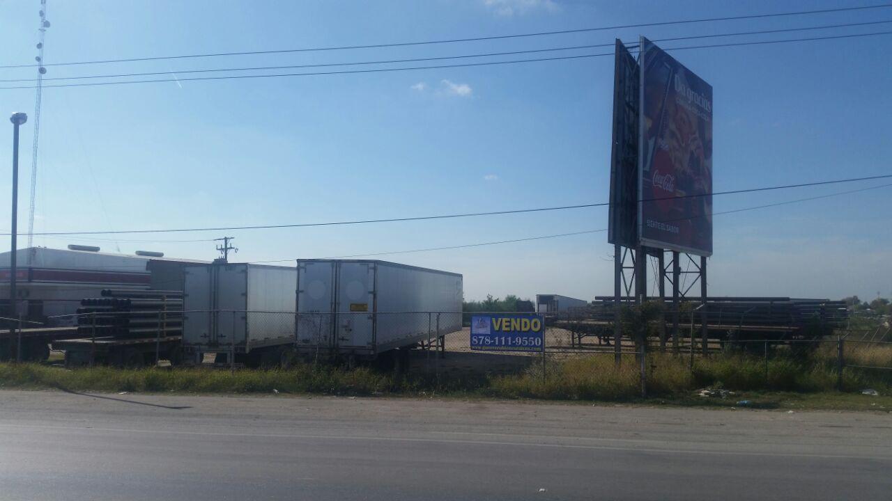 Venta terreno Comercial en Blvd Manuel Pérez Treviño Colonia Lomas del Norte en Piedras Negras Coahuila (VT #156)