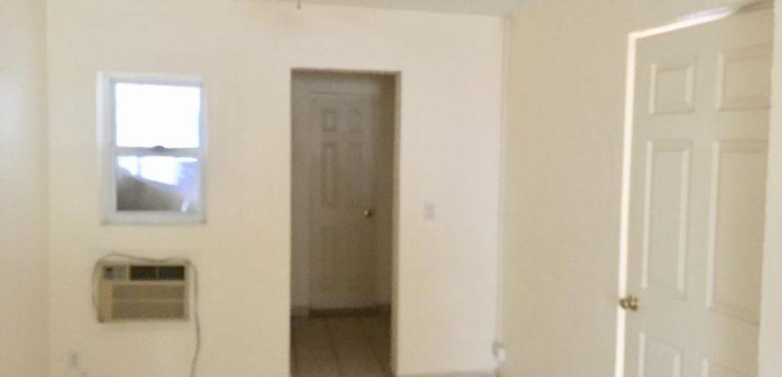 Renta de local para oficinas 2do. Piso, calle Terán esquina con Galeana Col. Centro Piedras Negras Coahuila (RL #18)