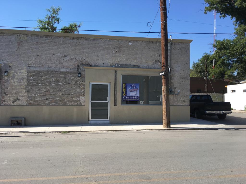 Renta de local Comercial, calle Fuente # 506-C, Col. Centro (RL #19)
