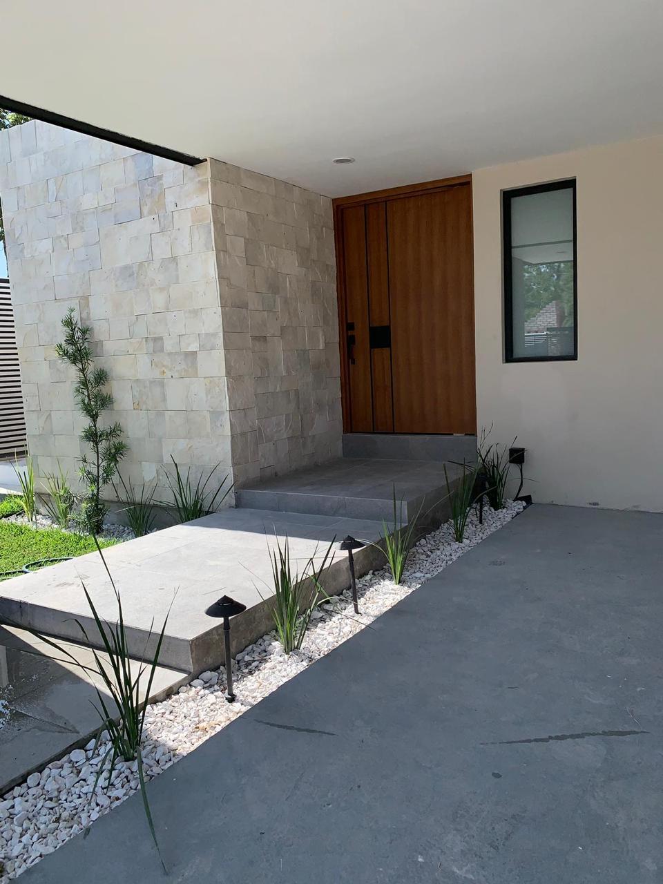 RENTA CASA EN PRIVADA, CALLE JUAREZ #200 COL. VILLA DE FUENTE, $ 14,000 (RC #48)