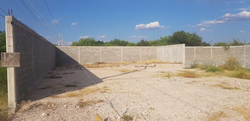 Renta de Terreno en Esquina, Rotonda Blvd República y AV. Román Cepeda (RT #12)