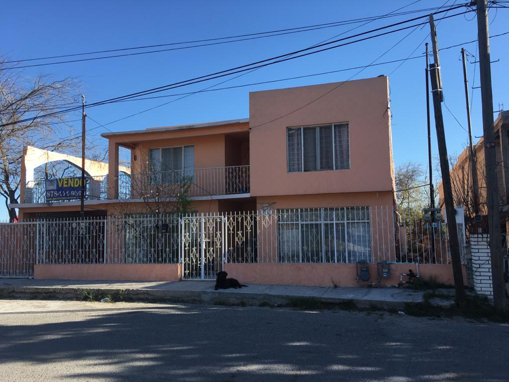 Renta Depto. 2 Rec, Semi-Amueblado, Planta Alta, Calle Jalisco #3503 Col. Vista Hermosa, Piedras Negras.(RD #15 Y #16)