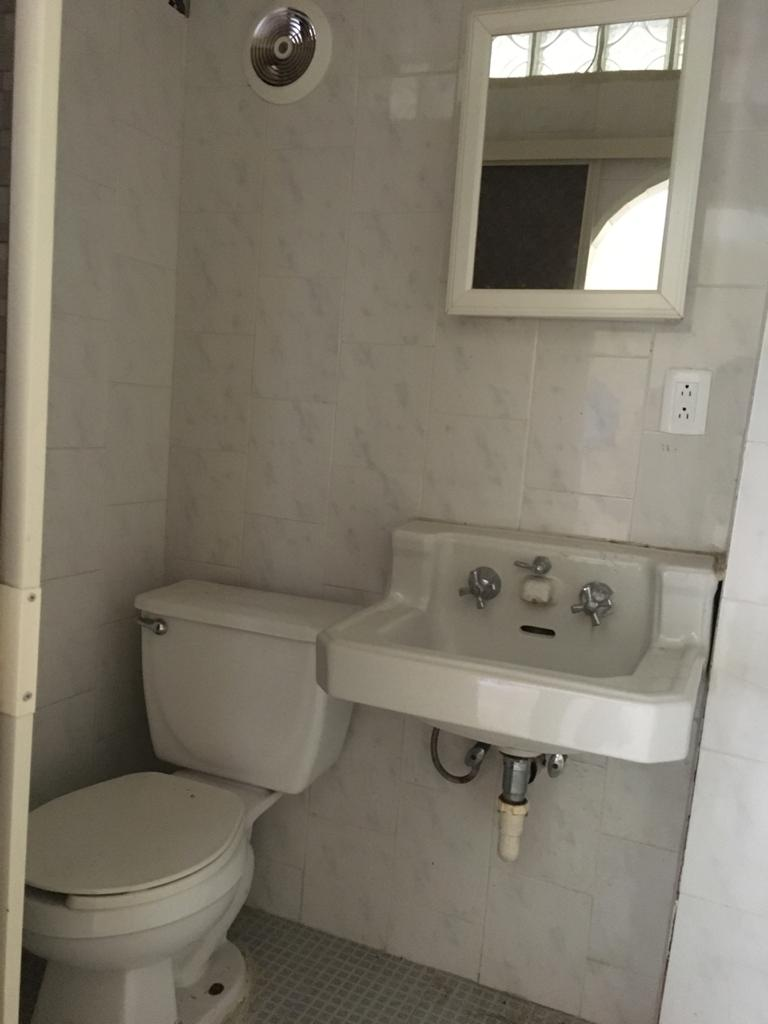 Rento Habitación para estudiante o trabajador, Int. Planta Alta,Padre de las casas Col. Centro. Piedras Negras Coahuila (RL #26)
