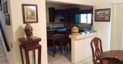 Venta Casa Residencial, 3 recamaras, un baño y medio, sala, comedor, cocina. cd. Acuña