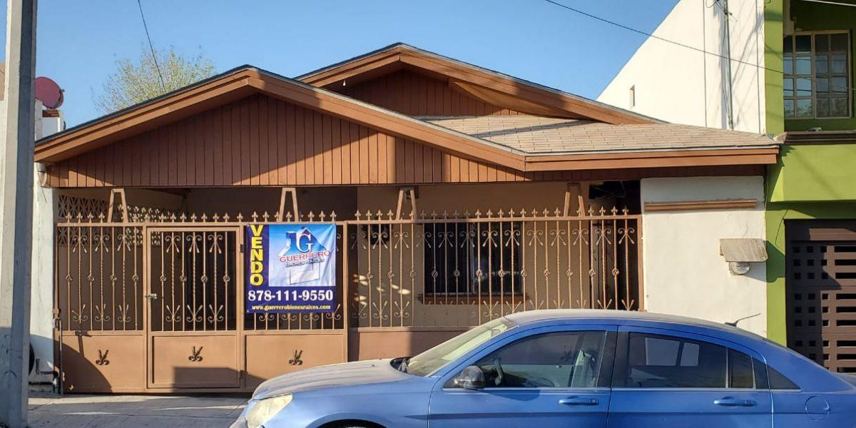 Venta de casa ubicada en calle Bahía dorada col. Palmas,