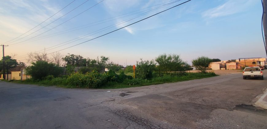 VT #294-b Se Vende Terreno Ideal para Departamentos, Oficinas, Calle Calzada de la Ronda.